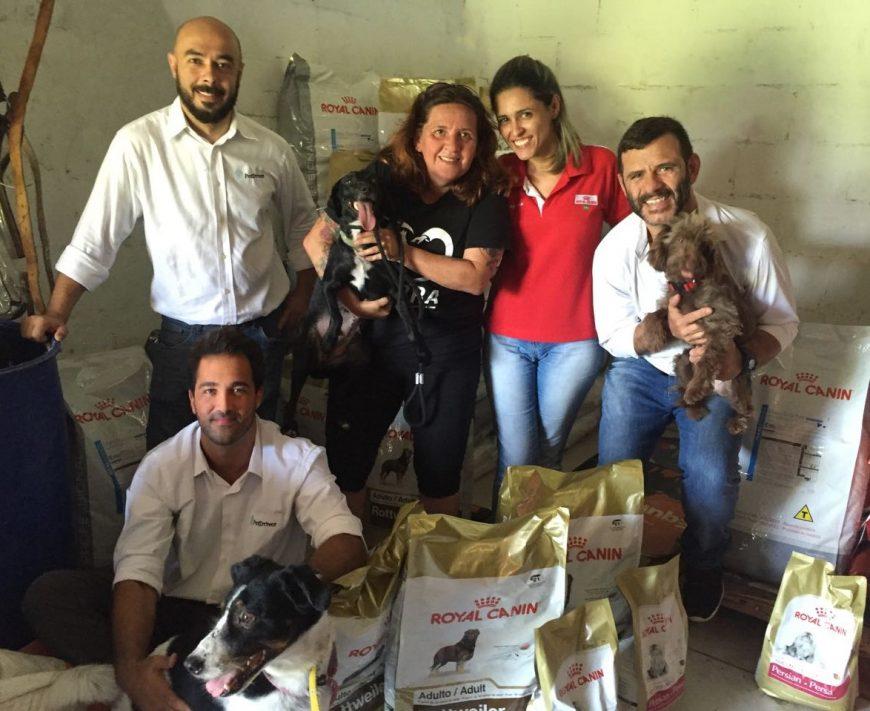 Mais de 1,5 Toneladas de ração doadas para 5 ONGs cariocas!
